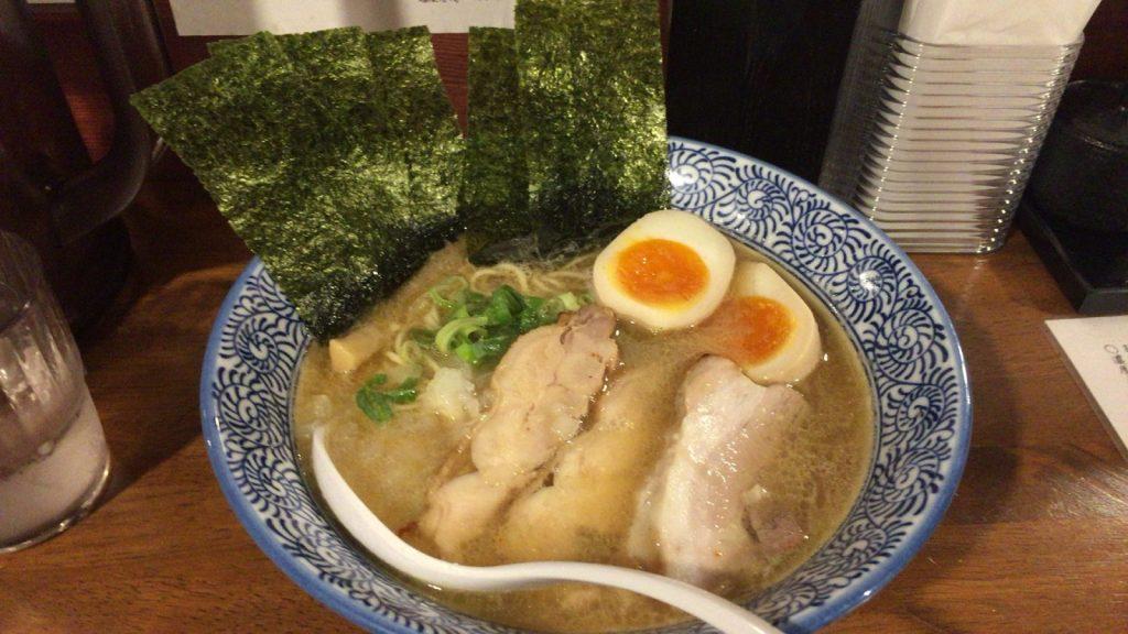 麺匠 春晴 特製 濃厚煮干し鶏白湯ラーメン