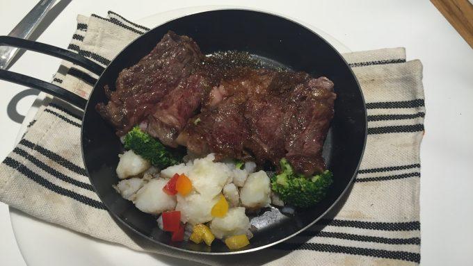 マリオテラス 牛ステーキ 和風ソース 2
